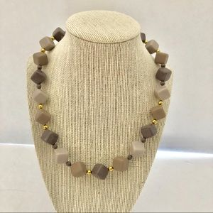 Jewelry - Vtg Necklace Lucite Plastic Gray Taupe Cube Beads